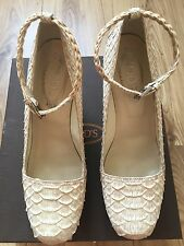 The Beautiful Ladies White Snake Shoes By TODS