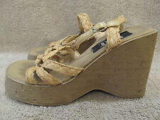 l.e.i. Women's  Wedge Sandal Heel Size 7 In Fair To Good Condition!