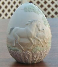 1995 Limited Edition Lladro Egg #17548 Horse with Colt and Cabin