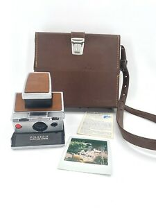 Vintage Polaroid SX-70 Land Camera with case WORKS! In Excellent Condition