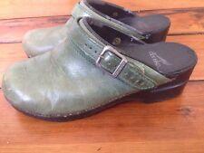 Dansko Green Nubuck Leather Womens Slip On Shoes Buckle Mules Clogs 7.5 38