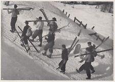 D8463 Scuola Nazionale di Sci di Cortina - Gruppo di allievi - 1936 stampa