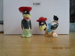 VINTAGE CROW BIRDS ANTHROPMORPHIC SALT & PEPPER SHAKERS