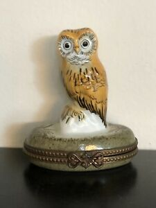 Limoge Box Brown Owl , Peint Mein. France.