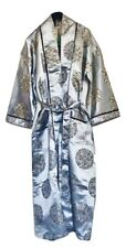 Beautiful Vintage Embroidered Oriental Silk Robe