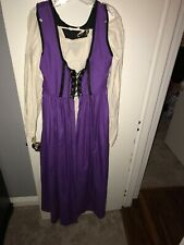 Purple Renaissance dress,  pirate wench costume, Size 8-10