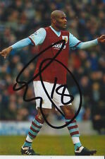 BURNLEY HAND SIGNED LEON CORT 6X4 PHOTO.