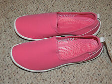 New Womens Crocs Size 6W Duet Busy day Skimmer Hot Pink White Shoe