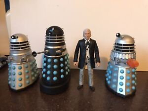 4 x CLASSIC DOCTOR WHO FIGURES - 1st Doc , Original Dalek , Black 1960`s Supreme