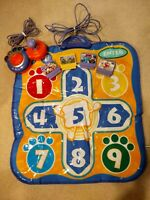 Vtech V.Smile TV Learning Systems Controller W/4 Games Gym Class pad -CLEAN