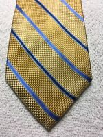 ISAAC MIZRAHI MENS TIE YELLOW AND GOLD STRIPED WITH BLUE 3 X 61