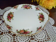 ESTATE  OLD COUNTRY ROSES   CAKE PLATE BY ROYAL ALBERT  MADE IN ENGLAND