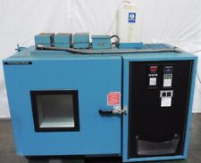 G144857 Thermotron Industries SM-5.5C Environmental Test Chamber w/Humidity