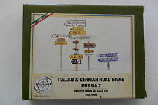 MODEL VICTORIA 1:35 ITALIAN & GERMAN ROAD SIGNS RUSSIA 2 WWII IN RESINA ART 4062