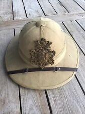Vintage WW1 Style Wolseley Patten Pith Helmet & Badge