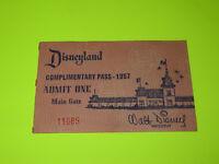 VINTAGE 1957 DISNEYLAND MAIN GATE TICKET ( LOW NUMBER 11089 ) RARE