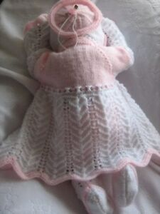 """A5 PAPER KNITTING PATTERN * Lacy Matinee Set * 0-3 Months Baby/20-22"""" Reborn"""
