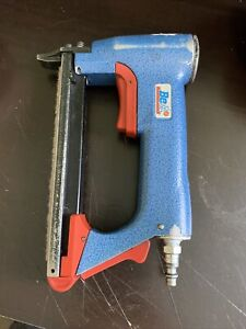 BeA 71/16-421 Upholstery Staple Gun Stapler