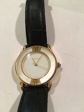 Guess Ladies Wrist Watch Working Black Leather Band Round Face Classic!