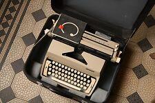 Consul Portable Vintage Typewriter