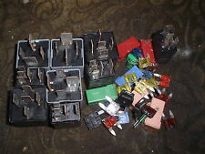 2003 FORD MONDEO MK3 1.8 FUSE & RELAY BUNDLE, BREAKING DIESEL & PETROL CARS