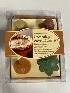BRAND NEW Williams-Sonoma Decorative Piecrust Cutters Set Of 4 ~ Leaves/Acorn