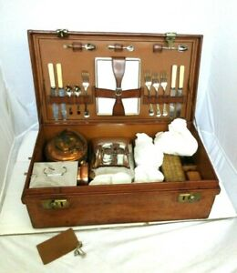 Papworth Leather Case Holds Picnic Set for Four Hand Crafted England F Radley