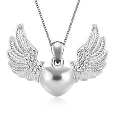 Engelflügel und Herz Anhänger mit Halskette, silberüberzogen.