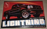 AMT 1994 Ford F-150 Lightning Pickup Truck 1:25 Scale Model Kit 1110