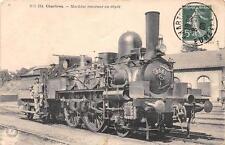 CPA 28 CHARTRES MACHINE RENTRANT AU DEPOT (TRAIN EN TRES GROS PLAN) cliché rare!
