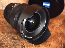 Zeiss ZE 15mm f/2.8 T* Distagon Lens for Canon - Near-Mint