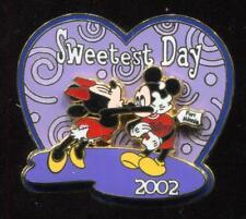 WDW Sweetest Day 2002 Mickey & Minnie LE Disney Pin 16134