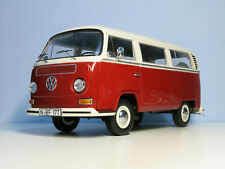 Schuco 1/18 VW Wolkswagen T2a Bus L Red and White