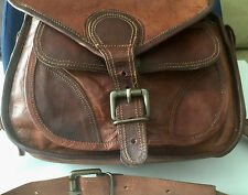 Leather Camera Bag - Vintage Appearance With Contemporary DSLR Design!