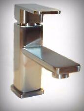 DESIGNER SINGLE HANDLE / LEVER BASIN FAUCET BATHROOM / LAVATORY BRUSH NICKEL RV