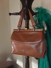 65e7c228cccd9 50er braune cocnacfarben Leder Damen Marken Handtasche KIEFRO Hepcat  Rockabilly