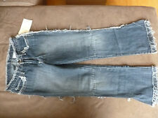 Charmed TV Show Wardrobe Jeans Phoebe Alyssa Milano worn Garderobe prop
