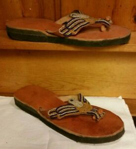 Unisex Handmade Leather Flip Flops Size 9 Women's/7 Men's beaded bird (Eagle?)