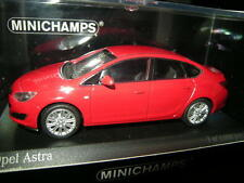 1:43 Minichamps Opel Astra 2012 rot/red Nr.410042001 OVP