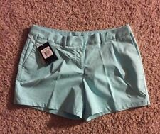 New NikeGolf Shorts Turquois Size 10 Retail $75.00 Ladies Stay Cool