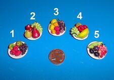 6133 - Teller mit Obst, Miniatur für Puppenhaus, Puppenstube, Dollhouse, 1:12