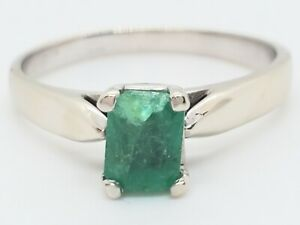 14k White Gold Natural Emerald About 1 Carat Solitaire Sz 7.25 Ring Estate Chip