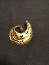 Vintage B.S.K. Gold Tone Leaf Pin Brooch