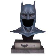 DC COLLECTIBLE DC Comics Prop Replicas - DC Gallery Batman Rebirth Cowlv 5000ex.