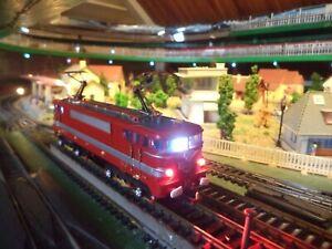 LOCOMOTIVE SNCF - BB. 9210 CAPITOLE LIMA avec lumière - HO - 1/87