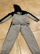 Boy Umbro Grey hooded sweater and sweatpants set- size S