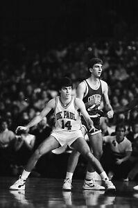 LD119-6 1986 NCAA BASKETBALL LOT (130PC) 35mm B&W NEGATIVES DePaul vs. Creighton