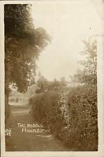 Hounslow. The Hedges # 42F by JSB.