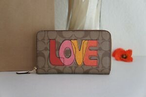 NWT Coach C2877 Medium ID Zip Wallet in Signature Canvas with Love Print $198
