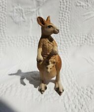 More details for vintage schleich kangaroo animal figure-year 2000. retired. made in germany.